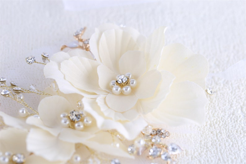 Bridal Headpiece Wedding Hair Accessories,Floral Leaf Vine Pearl Rhinestone Jewelry with Ribbon,Gift for Girl,Performance Party Floral Halo