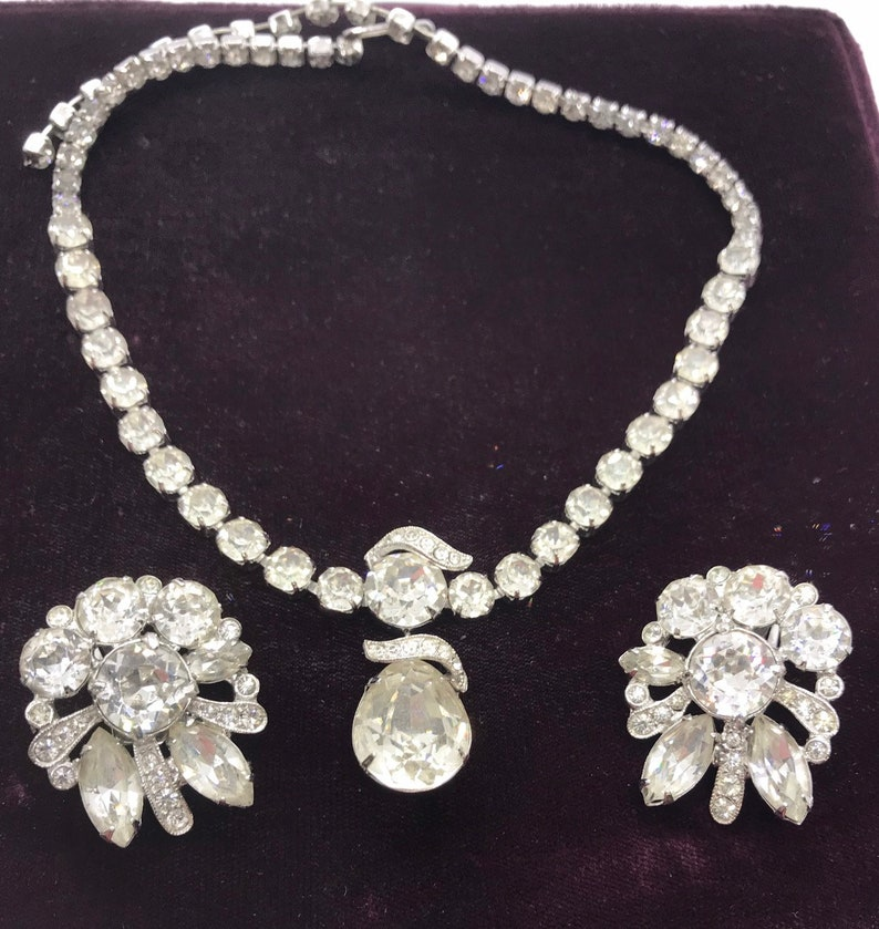 Gorgeous Vintage EISENBERG Rhinestone Necklace Demi Set