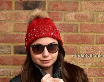 890b2d6dc74 Women Red Winter Hat