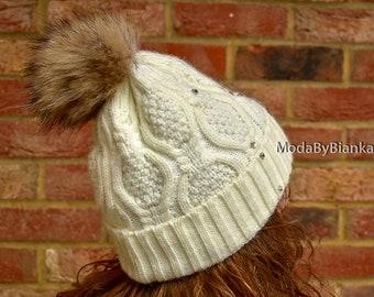 cf41283318d Women Real Fur Pom Pom Hat