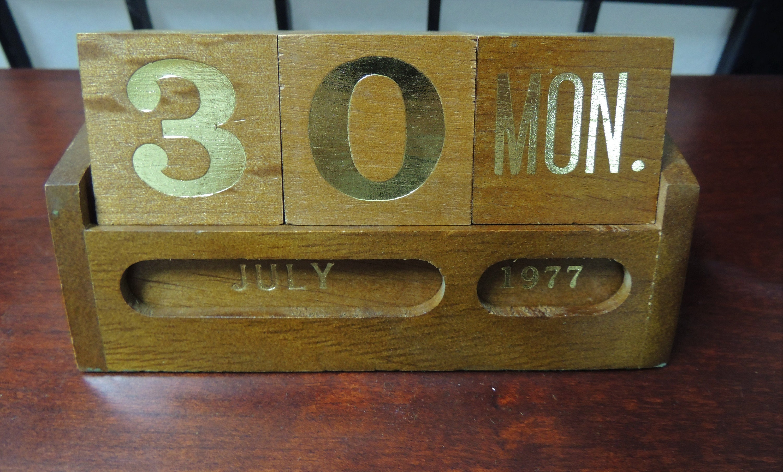 Wooden Desk Calendar Vintage Office Staff Office Gift Etsy