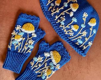 Daisy Crochet, Handmade, Royal Blue Hat and Gloves Set, Knitting Gloves, Winter Fashion, Fingerless Gloves, Crochet Hat, Mothers Day Gift