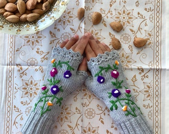 Rose Pattern,Grey, Knitted, Fingerless Gloves, Arm Warmers, Fingerless Mittens, Wrist Warmer, Gift to Her, Mothers Day Gifts, Crochet Gloves