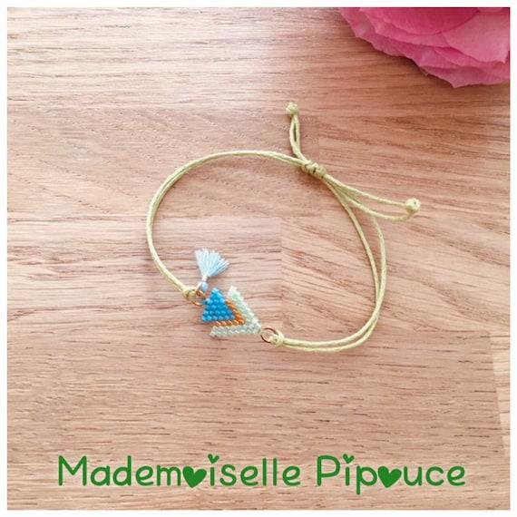 Adjustable mestizo green and blue woman bracelet