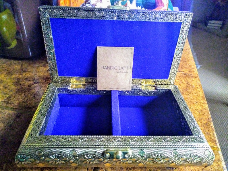 Handcrafted Floral Embossed Golden Aluminum Jewelry Box