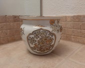 Gold Imari Japanese Porcelain Hand Painted Bowl Vase