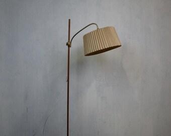 Stylish vintage floor lamp with teak base