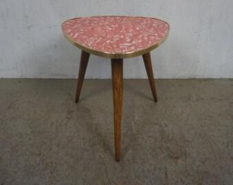 Nice flower stool with very nice plate
