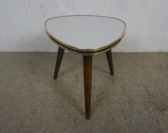 Elegant floral stool with bright resopal top