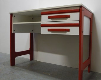 Iconic youth desk from the 70s in red and white