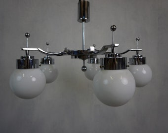 Pompous ceiling lamp in Art Deco style