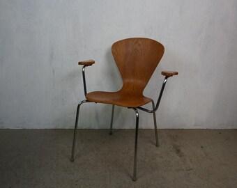 Danish armchair made of shapely glued oak wood