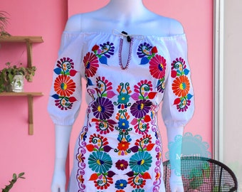 Off the shoulder Mexican Dress,Mexican Embroidered Dress, Mexican Peasant Dress, Vestido Campesina Bordado, Fiesta Dress