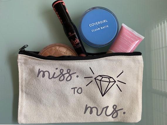 Miss to Mrs Makeup Bag, Canvas Make up Bag, Winter Wedding, Gift for the Bride, Wedding Day makeup bag, Cosmetic Bag, Fall Wedding