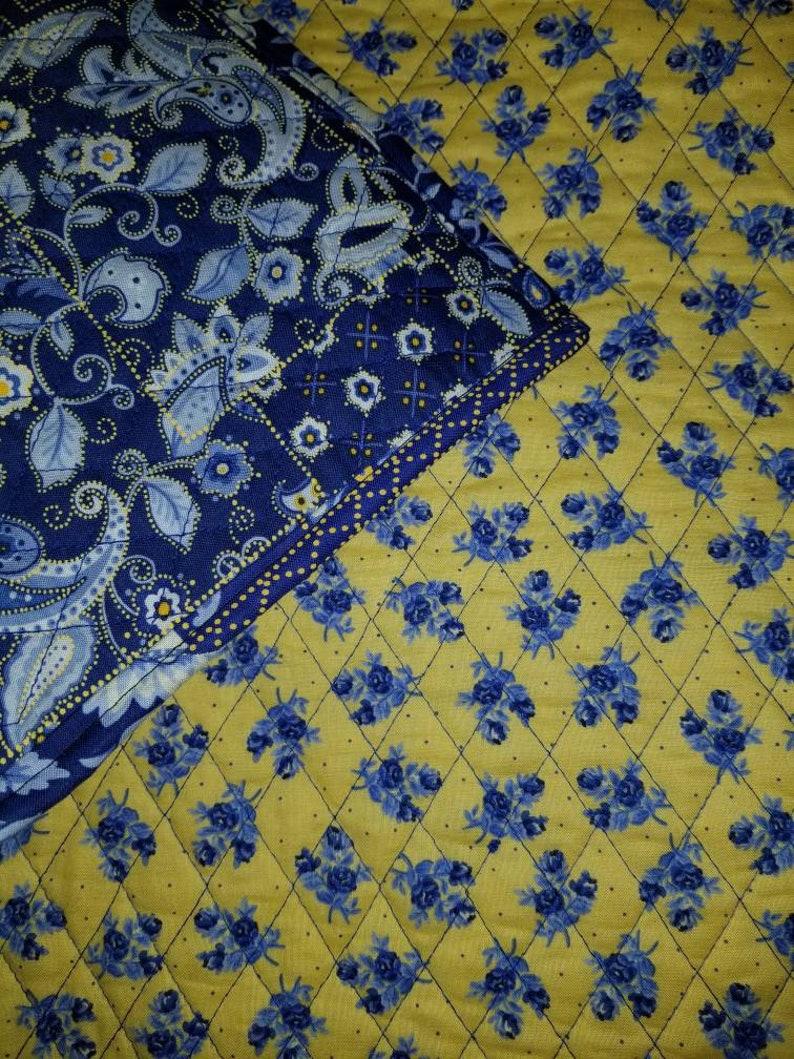 Floral blues quilt