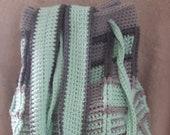 Bag crocheted: green and grey squares, organic yarn