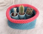 Basket crochet, blue cotton ribbon