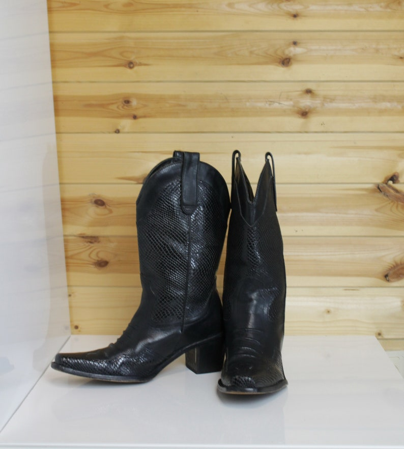 80bc1a2fba3 Black Leather Pointy Toe Cowboy Western Boots Vintage 80's for Women