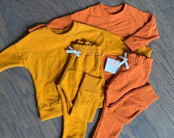 Sweatshirt & Joggers, Fall Fashion Sweatsuit, Dolman pullover, Joggers, Rust Sweatsuit, Mustard Sweatsuit, Toddler and baby clothes