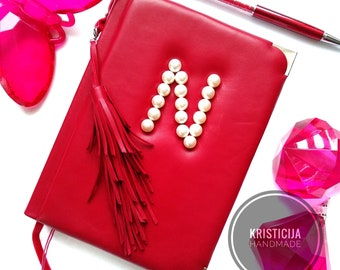 Customised monogrammed A5 Leather Journal, Notebook, Diary, Planner. Custom name initials with pearls & sheets. Great woman's Gift. Preorder