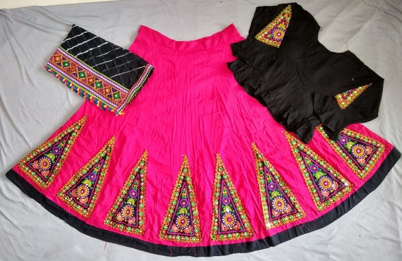 Gujarati Lehenga Choli-Navratri Chaniya Choli-Indian Traditional Ghagra Choli-Dandiya Dance Costume-Women/'s Ethnic Wear-Gift for her