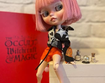Blythe outfit Halloween pumpkin gothic jacket shorts and shoes