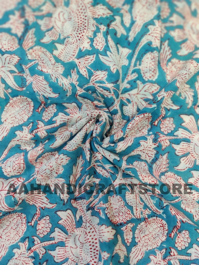Big Floral Printed Fabric Sold By yard Natural Print India Cotton Fabric For Dress Material Sewing Fabric Beautiful Soft Cotton Fabric