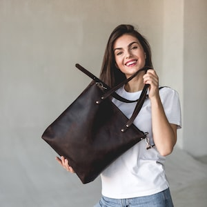 Genuine Leather Tote Bag Leather Anniversary Wedding Gift for Women Men Zipper Leather Purse Custom Gift for Her Travel Essential