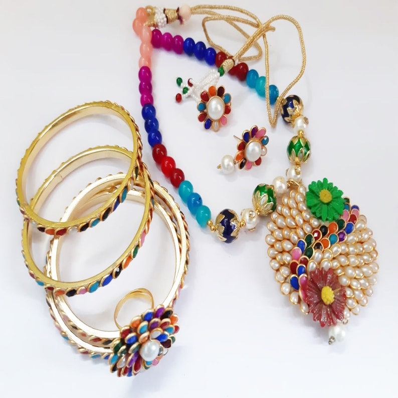 work wear Handmade Jewellery Stylish New Collection Ideal for Evening wear party wear Necklace Set For Girls