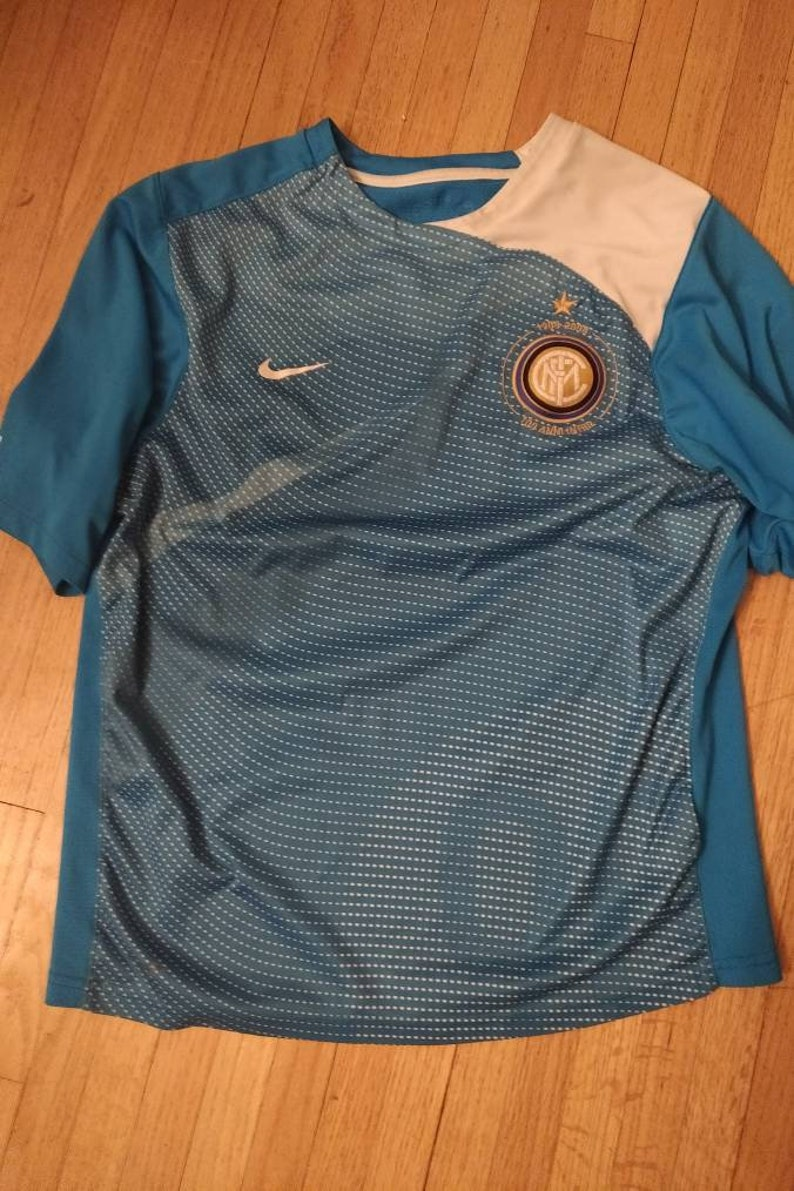 new products 5478b 4e454 Vintage Inter Milan Jersey