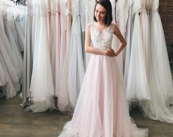 a308a0e3bebf Ivory tulle wedding dress, Open back tulle wedding dress, Open back wedding  dress, Color wedding dress, Bridal gown in grey, Bridal gown
