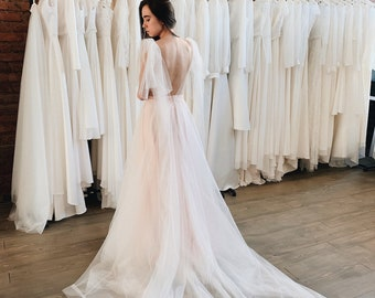 a42c27a261237 Grey tulle wedding dress, Open back tulle wedding dress, Open back wedding  dress, Color wedding dress, Bridal gown in grey, Bridal gown