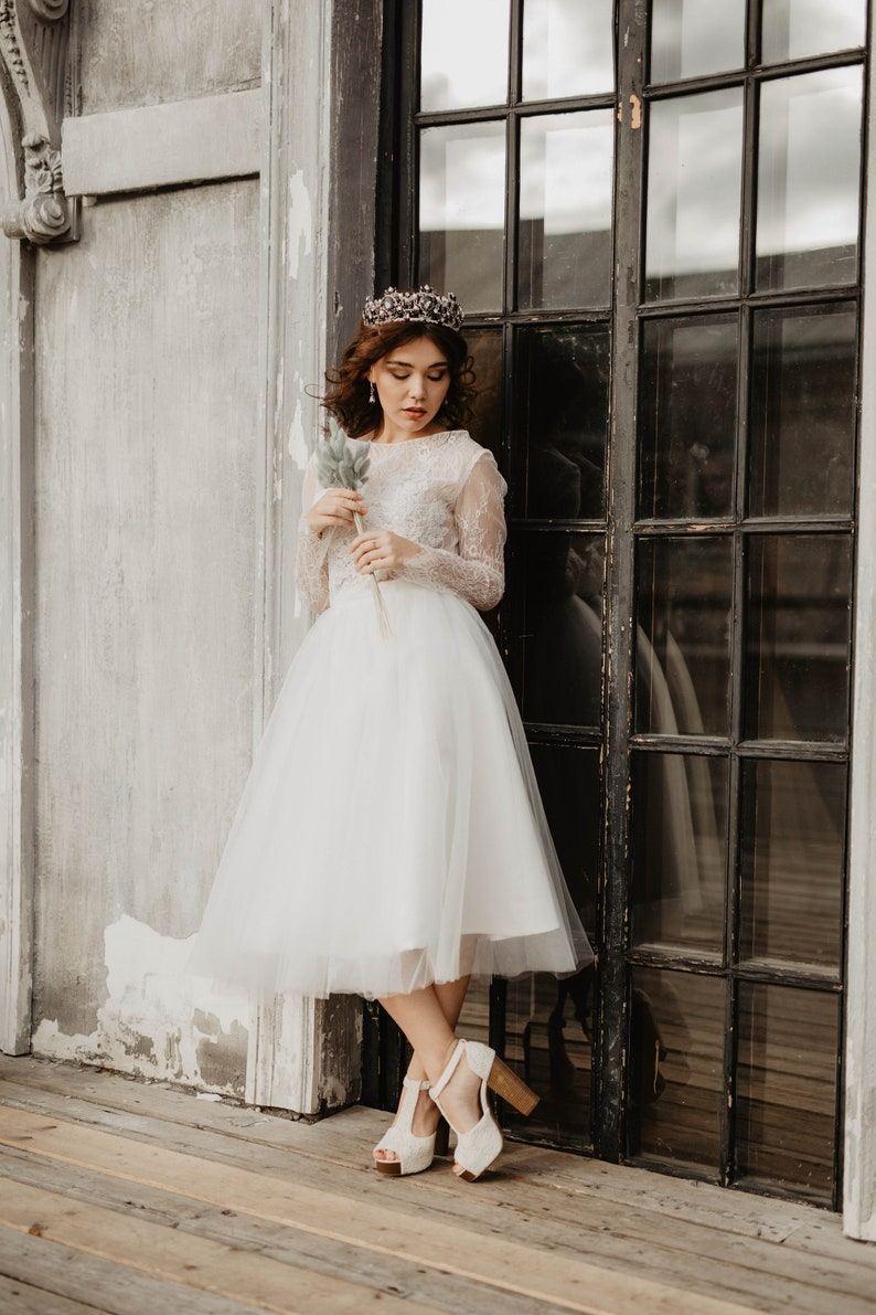 Short wedding dress, Long sleeve tulle wedding dress, Wedding dress midi,  Bridal gown, Simple wedding dress, A-line tulle dress