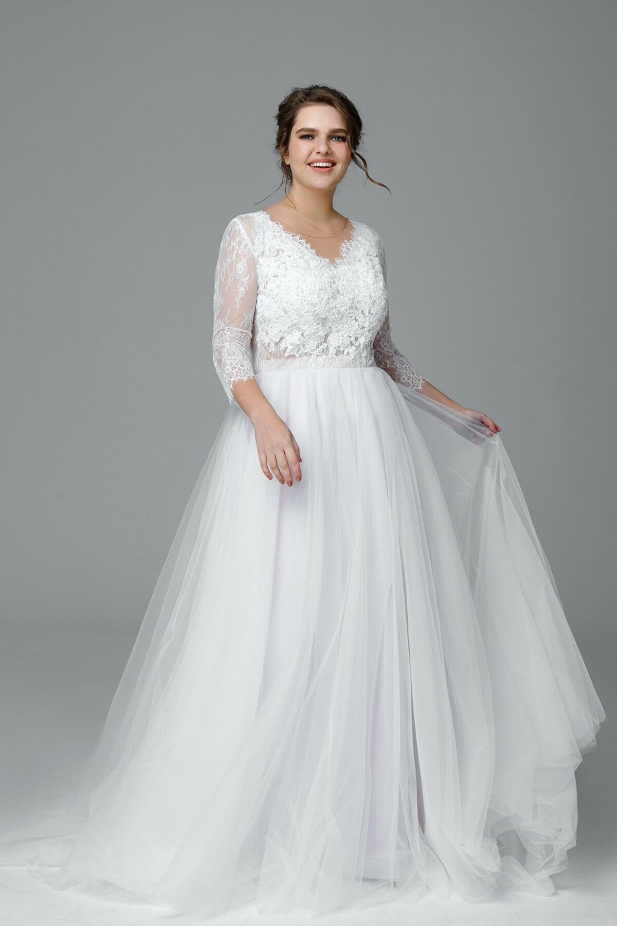 Plus size long sleeve wedding dress, Lace wedding dress, Made to measure  wedding dress, Simple wedding dress, Romantic, Bridal Gown VIVIENNE