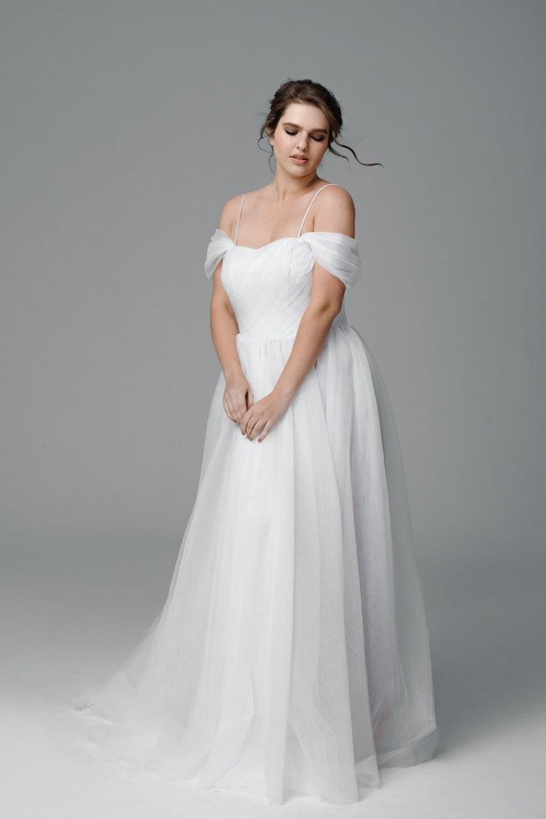 Plus size tulle wedding dress, Color wedding dress, Made to measure wedding  dress, Simple wedding dress, Romantic, Bridal Gown