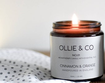 No.01 Cinnamon + Orange Aromatherapy Candle Amber Jar by Ollie +Co》Essential Oils