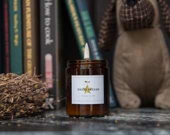 Silent Night Candle - Cinnamon, Nutmeg and Orange Soy Aromatherapy Candle with Essential Oils by Ollie & Co Large Jar (180ml)