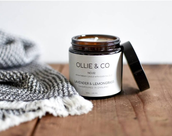 No.02 Lavender + Lemongrass Aromatherapy Candle Amber Jar by Ollie +Co》Essential Oils
