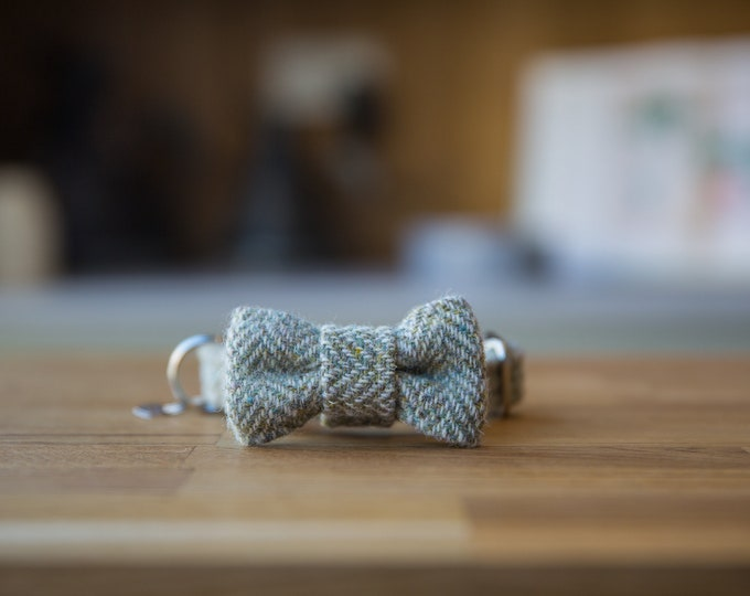 The Digby - Brown Cream Herringbone Harris Tweed Dog Collar with BowTie   Ollie & Co