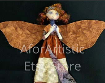 E-Class - Shinko (Faith) Moth by Leslie O'Leary
