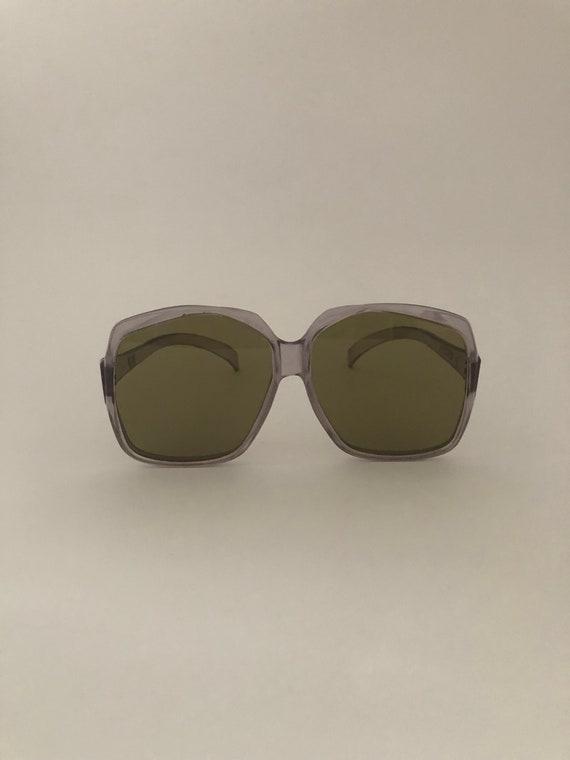 Unique glasses, romantic glasses, original glasses