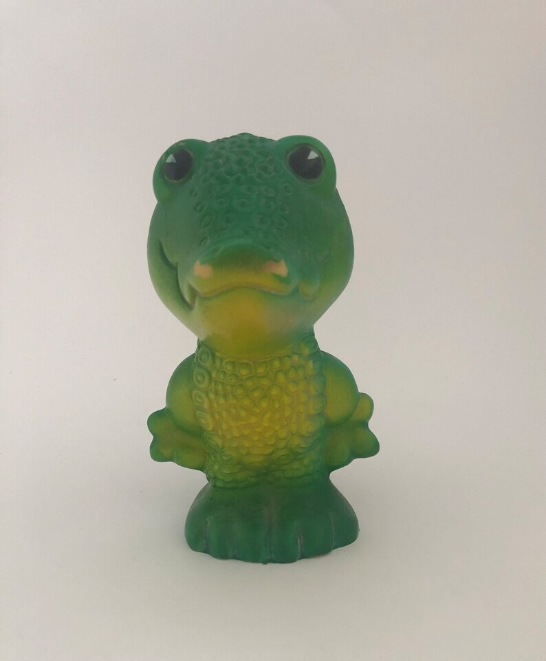ultra rare toy of the USSR. Rubber Soviet crocodile toy Unique