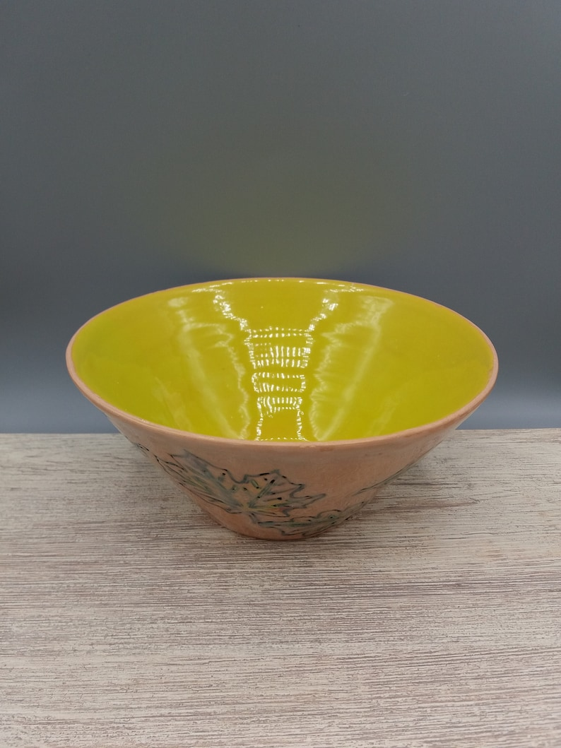 Large bright yellow bowl Decorate your holiday table.