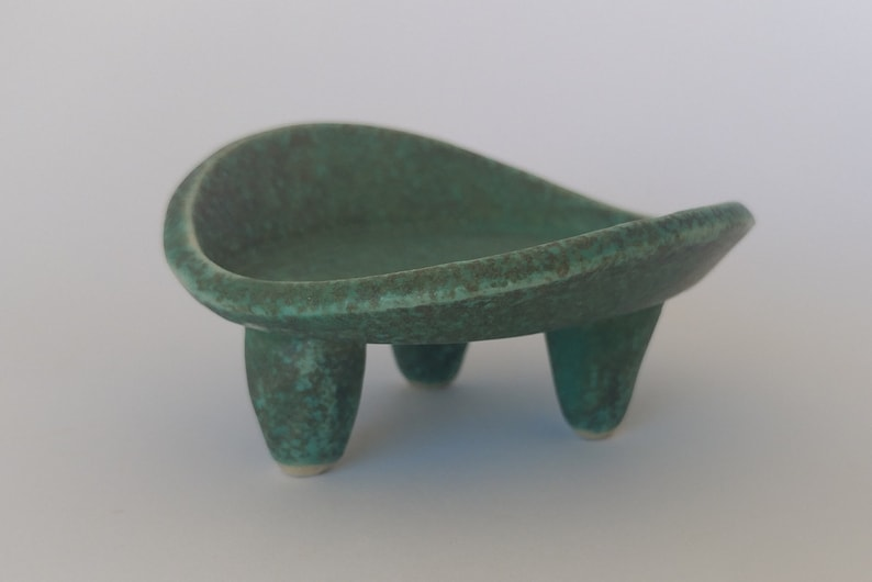 Ring Holder Ring Holder Turquoise Ring Dish Oval Ceramic Ring Dish Three Legged Ring Dish Ring Display Clay Ring Dish Jewelry Dish