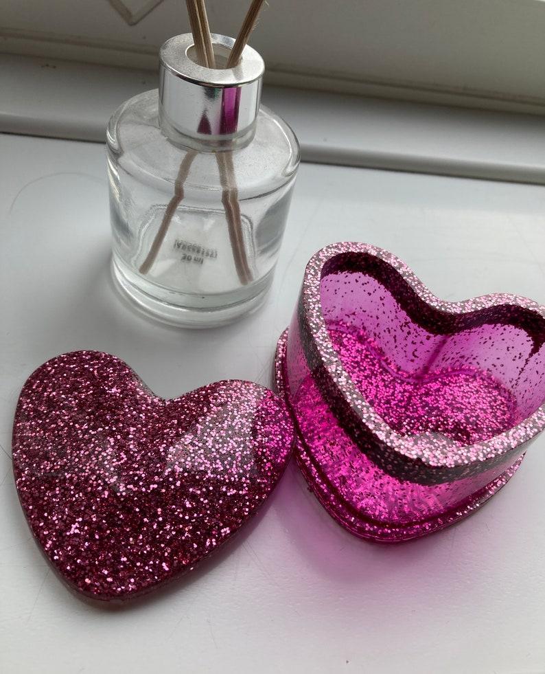 heart jewellery storage heart trinket box jewellery protection Glitter resin trinket box trinket box with lid resin jewellery box