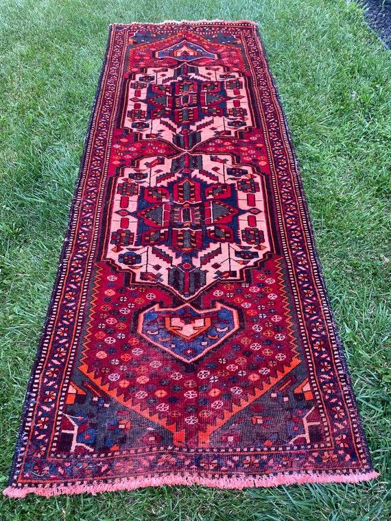 """Mila runner rug 10'x3'6"""""""
