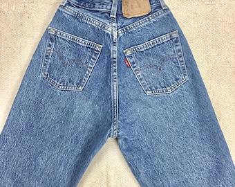 125ab2df Vintage Levis 901 JEANS W 23 waist size XXS US 00 high waist-ankle crop