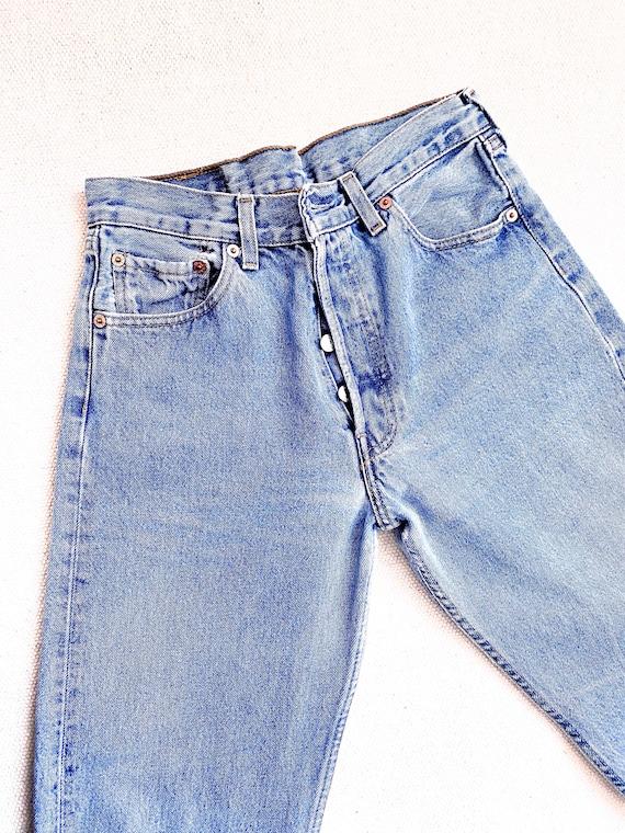 vintage Levis 501 27 Waist Jeans 90s