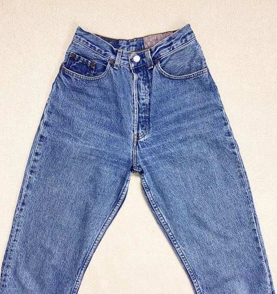 Vintage Levis 901 27 Waist JEANS ultra high waist