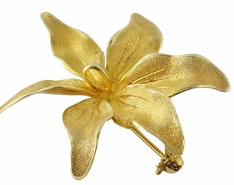 a489edebd Vintage Tiffany and Co 14K Yellow Gold Orchid Flower Brooch Pin